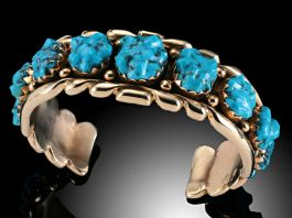 14K Gold Vintage Bracelet with Turquoise Nuggets