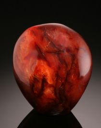 Free-form Carnelian Stand-up