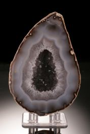 Front Polished Geode (with stand)