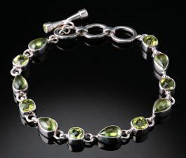 "8.5"" Peridot Bracelet"