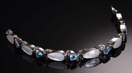 "7.5"" Blue Topaz with Mother of Pearl Bracelet"